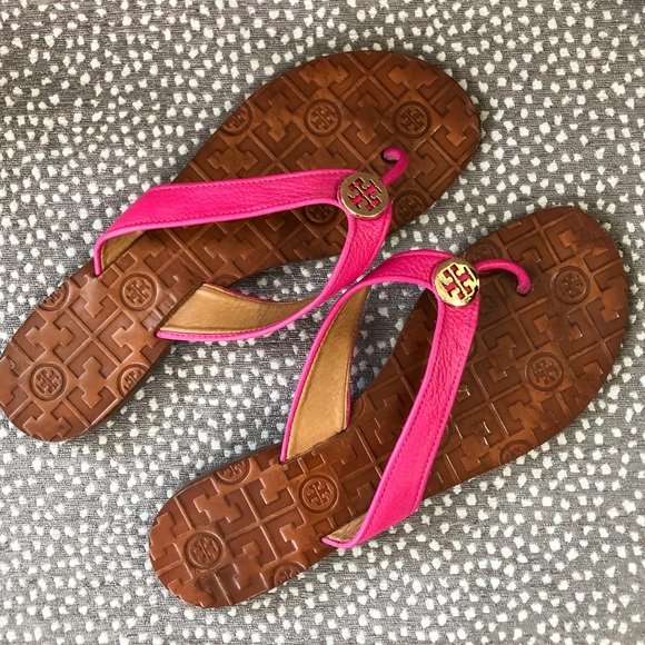 188070a4cf1d Tory Burch Pink Thora Sandals. M 5c46298afe515132156c8456